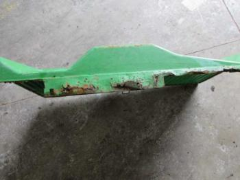 GRILLE/SCREEN - SHEET METAL Parts for DEERE 4850 -