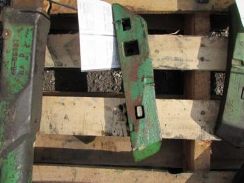 SWAY BLOCK - 3-PT Parts for DEERE 4030 -