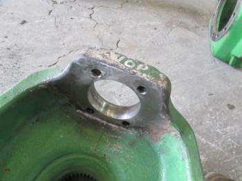 MFD HUB & PARTS - STEERING Parts for DEERE 7420 -