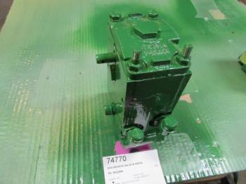 HYD REMOTE VALVE & PARTS - HYDRAULICS Parts for DEERE 3155 -