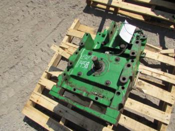 PTO & PARTS - HYDRAULICS Parts for DEERE 7410 -