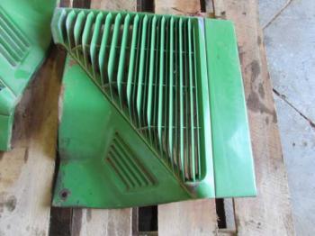 GRILLE/SCREEN - SHEET METAL Parts for DEERE 8300 -