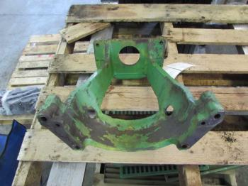 HYD PUMP SUPPORT - HYDRAULICS Parts for DEERE 4230 -