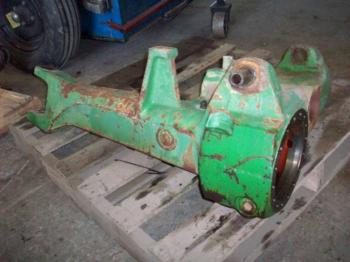 MFD AXLE HOUSING - STEERING Parts for DEERE 2750 -