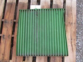 GRILLE/SCREEN - SHEET METAL Parts for DEERE 4455 -