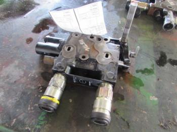 HYD REMOTE VALVE & PARTS - HYDRAULICS Parts for CASE/CASE I.H. 5120 -