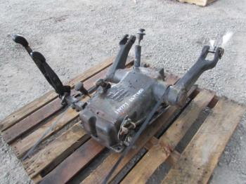 ROCKSHAFT & PARTS - 3-PT Parts for DEERE 5510 -