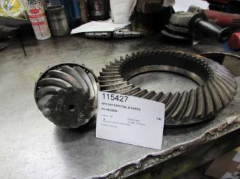 MFD DIFFERENTIAL & PARTS - STEERING Parts for DEERE 4450 -