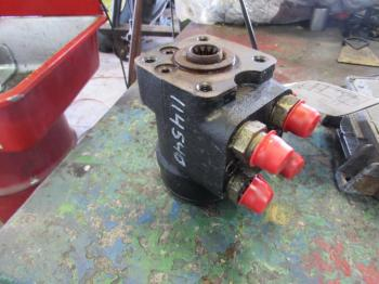 STEERING VALVE - STEERING Parts for DEERE 6300 -