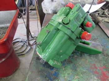 HYDRAULIC PUMP & PARTS - HYDRAULICS Parts for DEERE 6300 -