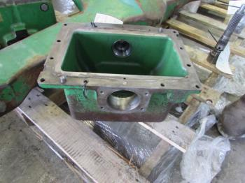 DROP BOX & PARTS - STEERING Parts for DEERE 7810 -