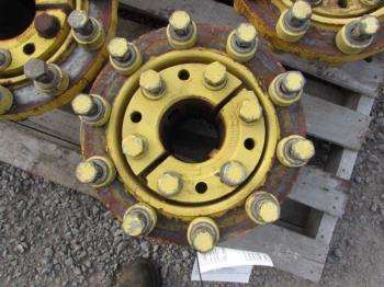 DUAL HUBS - WHEEL Parts for DEERE 9520 -