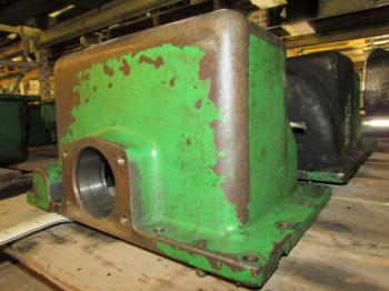 DROP BOX & PARTS - STEERING Parts for DEERE 7400 -