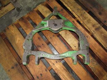 DRAWBAR SUPPORT - 3-PT Parts for DEERE 4430 -