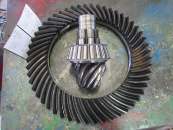 RING AND PINION - POWER TRAIN Parts for DEERE 4450 -