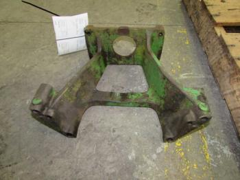 HYD PUMP SUPPORT - HYDRAULICS Parts for DEERE 3020 -