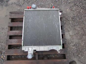 RADIATOR - COOLING Parts for DEERE 7420 -