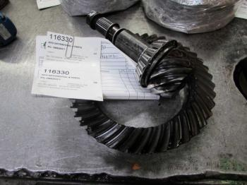MFD DIFFERENTIAL & PARTS - STEERING Parts for CASE/CASE I.H. 7140 -