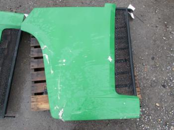 COVER/SHIELD/PANEL - SHEET METAL Parts for DEERE 9520 -